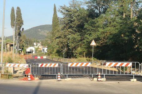 """Terza corsia, stop alla """"gincana"""": riapre alle auto via dell'Antella"""