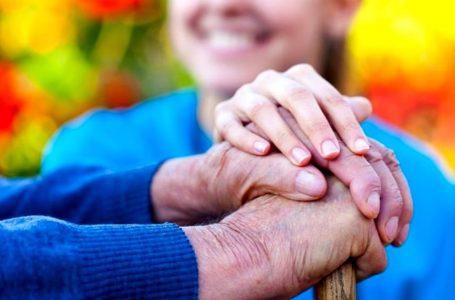Anziani, oltre 500mila euro per assistere a casa le persone non autosufficienti