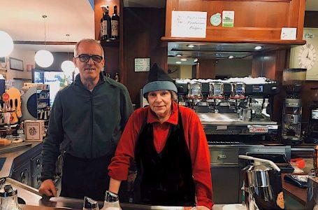 """""""Il Caffè in Piazza"""", dopo sedici anni Sauro e Marzia salutano Strada in Chianti"""
