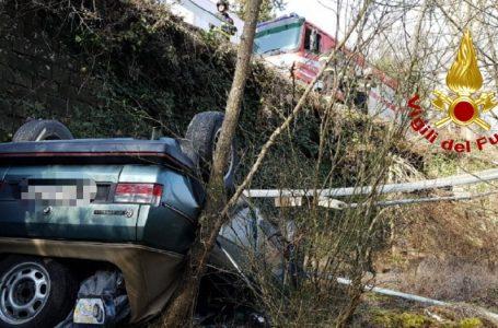 Ultim'ora Greve in Chianti: auto fuori strada, Vigili del Fuoco e Pegaso in azione