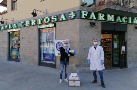 """2000 mascherine donate dalla Farmacia """"La Certosa"""" di Tavarnuzze"""