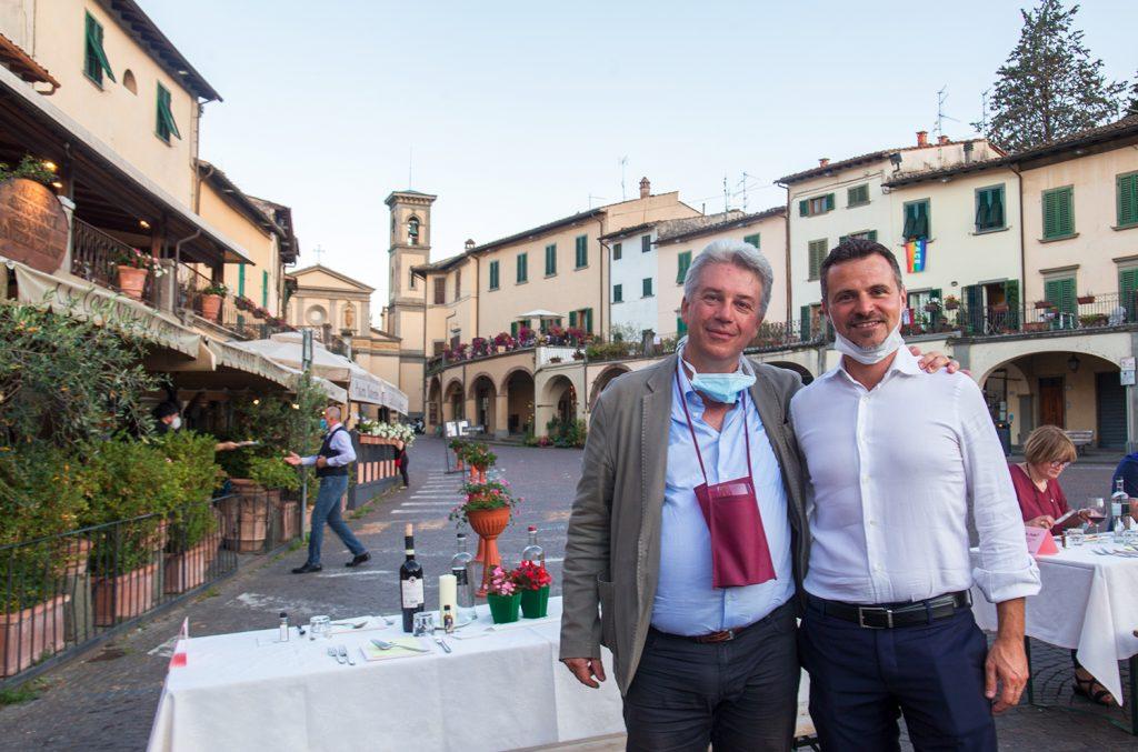 Il Dott. Vittorio Pavoni con il sindaco di Bagno a Ripoli Francesco Casini