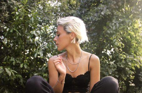 """Eleonora Pieri (ft. Pashabeats) lancia il nuovo singolo: """"Uh La La"""", urlo di liberazione con titolo da """"hit""""!"""