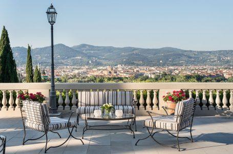 """Firenze, hotel 5 stelle cessa l'attività e licenzia i lavoratori. CGIL: """"Primi licenziamenti nel settore in epoca Covid..:"""""""