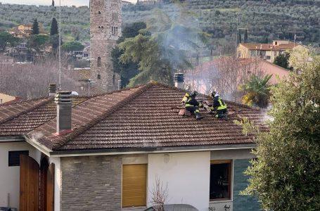 Video / Antella, intervento dei Vigili del Fuoco per incendio in abitazione