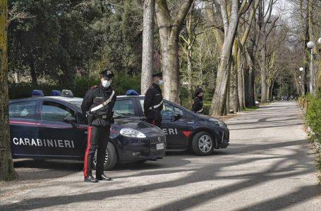 Firenze, controlli tra centro storico e Cascine tra droga nascosta, tentati furti e pregiudicati
