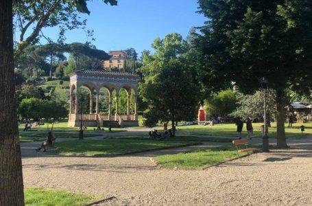 Firenze, cani senza guinzaglio nelle aree verdi: ancora multe della Polizia Municipale