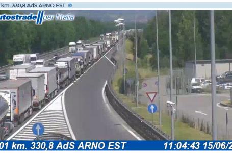 A1, incidente mortale tra Valdarno e Incisa-Reggello: code in direzione Firenze