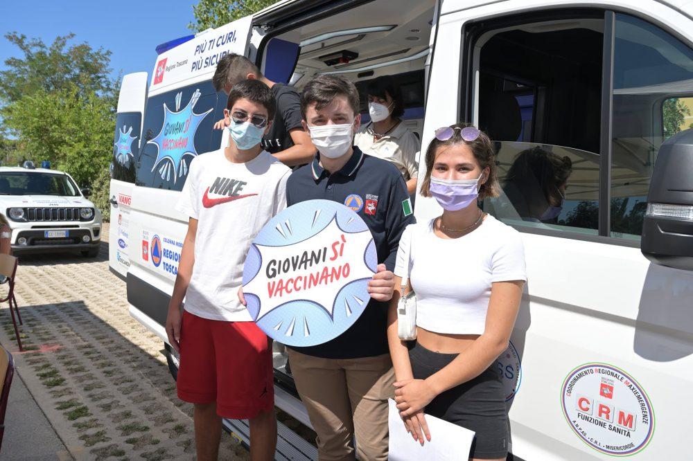 Impruneta, davanti al Comune arriva il Camper anti-covid: vaccino…e Festa dell'Uva!