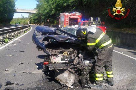 Traffico, terribile schianto sulla Firenze-Siena