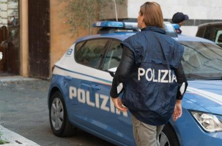 Firenze, scoperto un appartamento pieno di oggetti rubati
