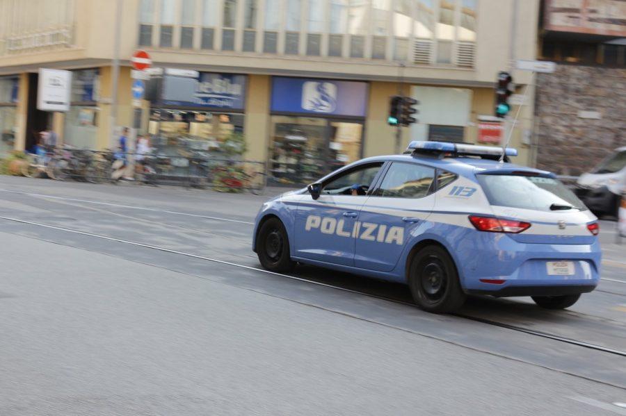 Firenze, furti in negozi del centro e di Viale Europa: arrestato un uomo di 66 anni